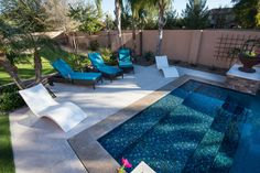 Look at this beautifully tiled Zero Edge entry pool.