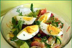 Mic dejun – Se vor consuma 1-2 fructe, in fiecare zi. Alegeti dintre banana, mar, para, ananas, capsune, fructe de padure, avocado. Prima zi: Pranz: o portocala, un ou fiert si o ceasca (200 ml) de iaurt. Cina: doua rosii, doua oua fierte, o salata mica sau o jumatate de castravete cu doua bucati de … Caprese Salad, Potato Salad, Avocado, Toast, Potatoes, Ethnic Recipes, Cardiology, Pineapple, Salads
