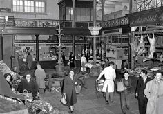 Princes Street Entrance of the famous English market Cork , Ireland Old Pictures, Old Photos, Cork City Ireland, Images Of Ireland, Market Stands, Ireland Homes, Irish Traditions, Environmental Design, Best Memories