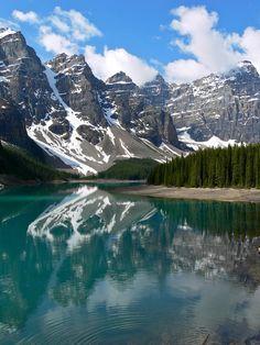 Moraine Lake, Lake Louise area Banff National Park