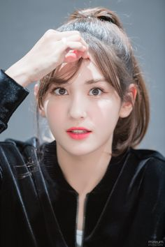 Jeon Somi ( 전소미 ) Best Photos Collection - The K-Pop Chart Kpop Girl Groups, Kpop Girls, Korean Beauty, Asian Beauty, Korean Girl, Asian Girl, Jung Chaeyeon, Jeon Somi, Pretty Asian