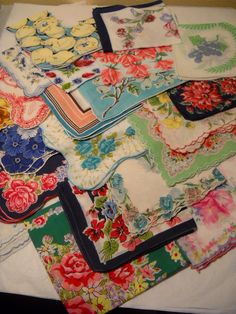 22 Vintage Handkerchiefs Flowers Floral by OtisM on Etsy