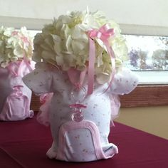 Baby Shower Centerpiece, who else is having a baby? i want to make this!