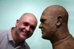 Marcos aprova modelo, e Verdão inicia construção do busto ao camisa 12...
