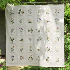 Embroidery Sampler, Cross Stitch Embroidery, Embroidery Patterns, Hand Embroidery, Embroidered Flowers, Handicraft, Needlework, Sewing Projects, Textiles