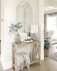 Christmas entry with neutral decor, console table, arched mirror, entryway styling, benjamin moore classic gray White Entry Table, Entry Tables, Entry Table With Mirror, Small Entryway Tables, Console Table With Mirror, Console Table Styling, Entryway Console Table, Entrance Table, Sofa Tables