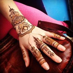 Beautiful Henna Design #lotus #maplemehndi