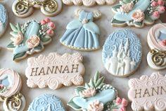 Cookie Time, Cookie Decorating, Cake Pops, Sugar Cookies, Desserts, Decorated Cookies, Food, Princess Crowns, Birthday Ideas