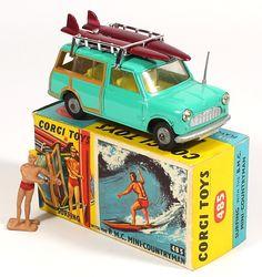 Corgi Toys 485 Mini Countryman with cast spoked hubs Pic courtesy of QualityDiecastToys.com