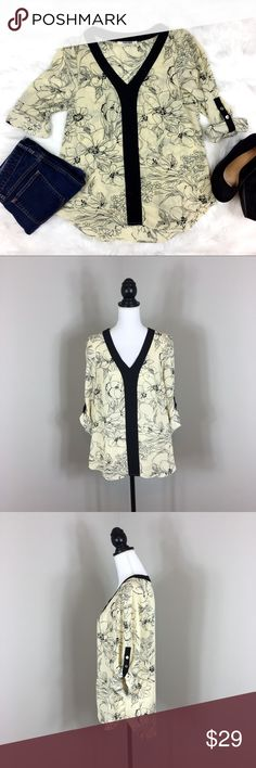 Daniel Rainn Floral Pop Over Blouse Daniel Rainn Black & Cream Floral Popover Blouse. Size medium. Approximate measurements size medium 28' long and 18' bust. Pre-owned condition with basic wear.  ❌I do not Trade 🙅🏻 Or model💲 Posh Transactions ONLY Daniel Rainn Tops Blouses