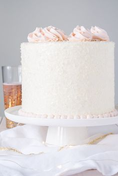 This Pink Champagne Cake is the perfect way to celebrate any occasion or holiday! A champagne infused cake with a classic vanilla buttercream. Champagne Wedding Cakes, Pink Champagne Cake, Champagne Birthday, Pretty Cakes, Beautiful Cakes, Food Cakes, Cupcake Cakes, Cupcakes, Köstliche Desserts
