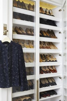 Built-in shoe rack in a high-function closet