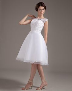Knee Length Short Bridal Gown Wedding Dress  Read More:     http://www.weddingscasual.com/index.php?r=knee-length-short-bridal-gown-wedding-dress.html
