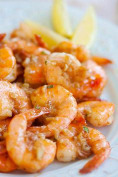 awaii Shrimp Scampi - EASIEST & most DELICIOUS shrimp scampi ever. The only recipe you'll need. Budget-friendly, quick, fool-proof!! | rasamalaysia.com