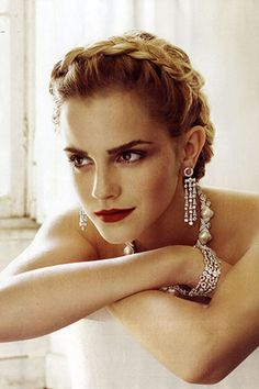gorgeous Emma Watson. Pretty hair & makeup ideas from this(: