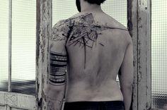 Back/Sleeve - Geometric Designs. Nikos @ De L'art Ou Du Cochon