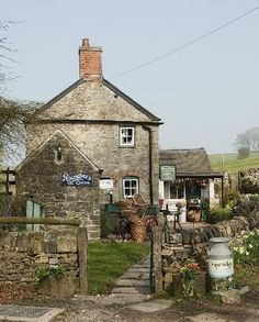 Vintage Shop and Cottage in  Tissington, England