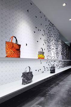 Interactive interior facade Issey Miyake Moment Design Tokyo 02