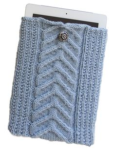 Free knitting pattern for Cable Knit iPad Sleeve