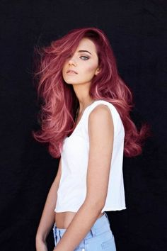 Magnificent maroon hair with dusty highlights makes for this swoon-worthy hairstyle! Hair goals is an understatement! Pastel Pink Hair, Hair Color Pink, Cool Hair Color, Purple Hair, Deep Red Hair Color, Violet Hair, Bright Hair, Ombre Color, Gray Hair