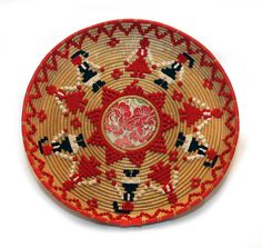 Vista laterale del cestino Willow Weaving, Basket Weaving, Sardinia, Handicraft, Decorative Plates, Miniatures, Suitcases, Folklore, Holiday Decor