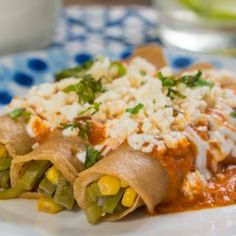 Veggie Recipes, Mexican Food Recipes, Ethnic Recipes, Enchiladas, Queso Fresco, Enchilada Recipes, Tacos, Veggies, Gluten Free