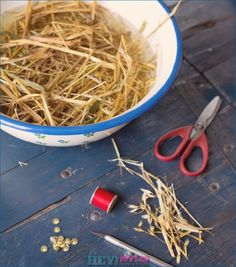 Making straw stars as Christmas tree ornaments: ideas and instructions