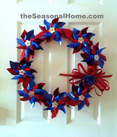 Make a Whirly-Twirly, Patriotic Wreath {Tutorial}