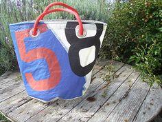 BO Carré / Créations / Créations de cabas, sacs, corbeilles, portefeuille, porte chèquiers en voile de bateau recyclée - Finistère Bretagne