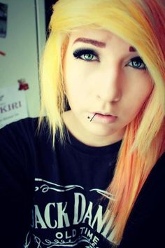 We've gathered our favorite ideas for Yellow And Orange Scene Hair Pierced Scene Girls, Explore our list of popular images of Yellow And Orange Scene Hair Pierced Scene Girls in emo girl with orange hair. Piercings Labiais, Piercing Tattoo, Lip Piercing, Cool Hairstyles For Girls, Unique Hairstyles, Pretty Hairstyles, Girl Hairstyles, Amazing Hairstyles, Scene Girls