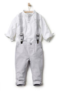 Conjunto camisa cuello mao + pantalón con tirantes