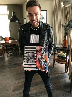 Find images and videos about liam payne and on We Heart It - the app to get lost in what you love. Liam James, Liam Payne, One Direction Photos, I Love One Direction, 5sos Memes, Calum Hood, 1d And 5sos, Second Of Summer, Luke Hemmings