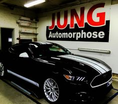 Ford Mustang styling White gloss