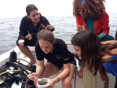 Andrea working with Ocean GEMS, girls in science. Photo from http://ocean-gems.org/about-us/meet-team/ #womenslives