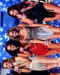 Little Mix performing 'Love Me Like You/Black Magic' on The X Factor UK, November. Band Outfits, Stage Outfits, Cute Outfits, Concert Outfits, Girl Costumes, Dance Costumes, Little Mix Style, Litte Mix, Magic S