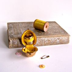 Vintage Mini Sewing Kit