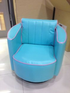A Candy combi of Blue?pink Mini Merry. A soothing happy color :)