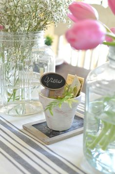 Simple Farmhouse Spring Tablescape. Perfect idea for Easter table