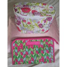 2 Clinique Makeup Bag Both clinque bags used as shown, but no major stains. Green Pink Floral butterfly & leaf pattern pretty for spring. Great for travel! $8 for both bundle! Clinique Accessories