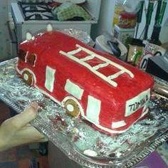 Tűzoltó autó torta recept + összeállítás | zuborandi receptje - Cookpad receptek