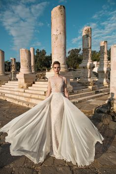 Feel like a goddess on your wedding day with this flowing dress by Lian Rokman…