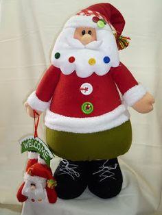 EL TALLER DE ROSA: MUÑECOS 2011 Felt Christmas Decorations, Christmas Fabric, Christmas Stockings, Christmas Crafts, Holiday Decor, Christmas Ideas, Fabric Decor, Fabric Crafts, Polymer Clay Projects