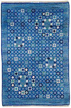 Märta Måås-Fjetterström and Barbro Nilsson; Swedish Design, Nordic Design, Scandinavian Design, Scandinavian Embroidery, Rya Rug, Magic Carpet, Persian Carpet, Textile Patterns, Woven Rug