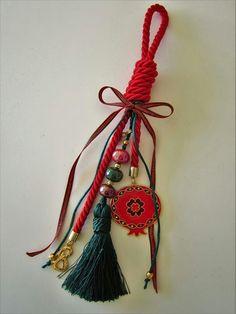 Christmas Fun, Christmas Decorations, Xmas, Christmas Ornaments, Holiday Decor, Heart Knot, Lucky Charm, Paracord, Diy And Crafts