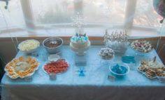 Frozen-Party-Table-Ideas.jpg.jpg 700×428 pixels