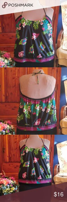 Plus Size Summer Floral Halter Top Fun and cute plus size halter top with a pretty floral pattern. Ties around the neck with elastic around the back for proper fit. Non-elastic band on the bottom. My mannequin is a sz 16/18 for reference. Bundle 3 items from my closet and get a free gift! Bundle 4 items and get a free gift AND 15% off your purchase! Old Navy Tops Blouses