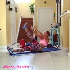 Time to have some fun by hitting abs today . Double tap and tag a friend to do this. @homeabs @homeabs . Video credit: @nana_health
