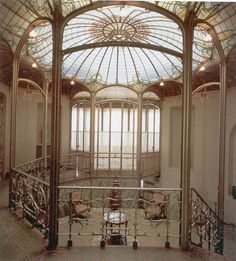 Hôtel Tassel. Victor Horta in Brussels for the Belgian scientist and professor Emile Tassel in 1893-1894. the first true Art Nouveau building.