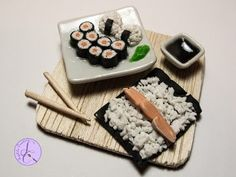 Tutorial: Hosomaki e Onigiri in Fimo (polymer clay sushi) - YouTube