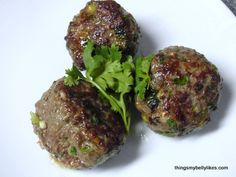 Ginger & Cilantro Meatballs from http://thingsmybellylikes.com